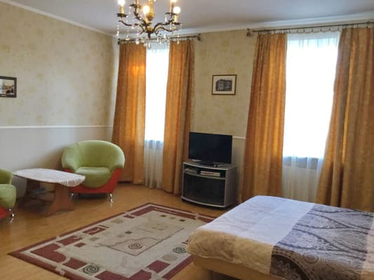 Rent Apartments пл. Рынок, 34 12