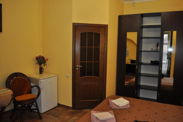 Studio apartment near the Opera House 3